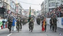 Desfile cívico-militar movimentou o centro da cidade
