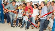 Vereadores participam de inauguração da Escola do Pilar