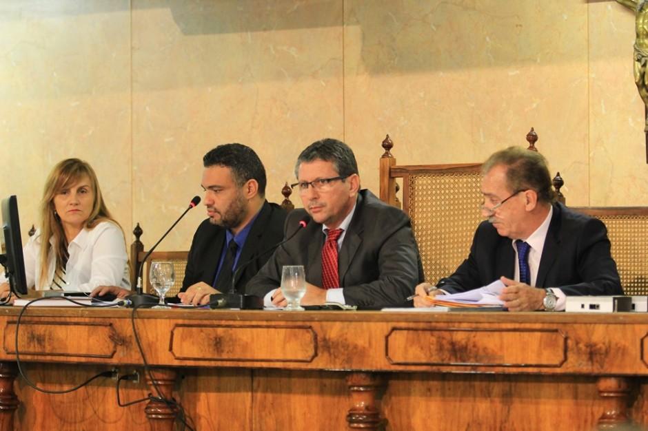 Câmara realiza Sessão Extraordinária para aprovar Projetos do Executivo