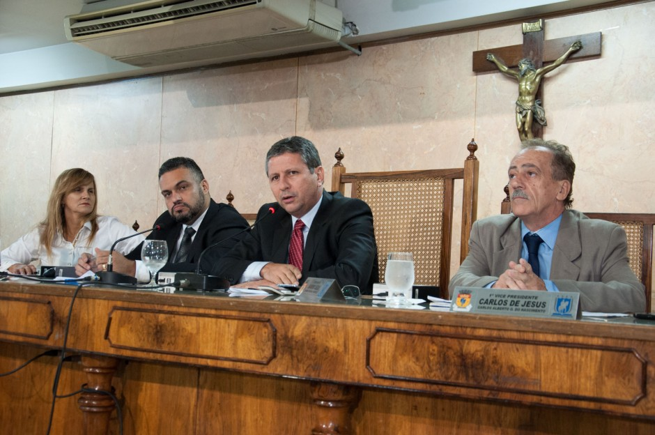 Câmara debate demandas urgentes de Duque de Caxias