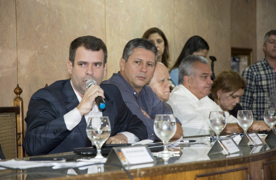 Câmara de Caxias recebe audiência sobre transporte aquaviário