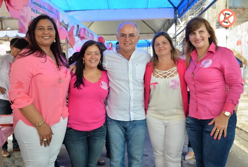 Câmara oferece serviços às mulheres em celebração ao Outubro Rosa