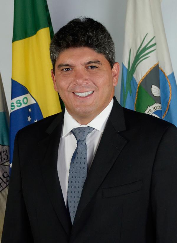 eduardo_moreira