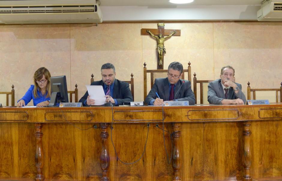 Vereadores repercutem audiência com servidores da Saúde