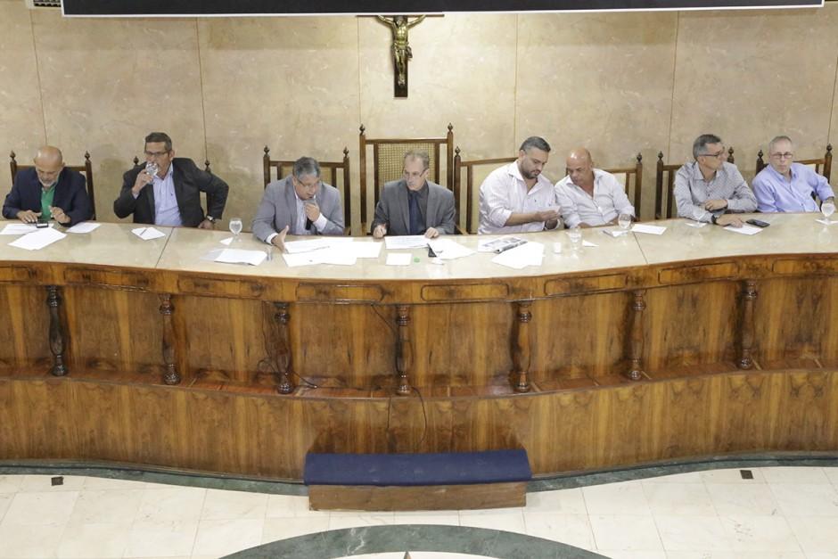 Vereadores sugerem ações para Fazenda aumentar arrecadação em Caxias