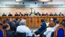 Carlinhos da Barreira outorga comendas a líderes evangélicos
