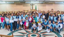 Vereadora Fatinha homenageia participantes da Feira de Ciência