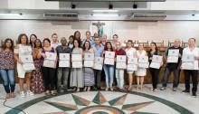 Vereadora Leide homenageia profissionais do programa Mais Médicos