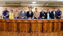 Defesa Civil recebe homenagens e conselheiros da Cruz Vermelha tomam posse, na Câmara Municipal de Caxias