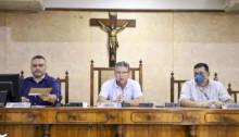 Câmara realiza Sessão Extraordinária e quatro vereadores reassumem suas funções