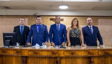 Vereadores, prefeito e vice-prefeito tomam posse em Duque de Caxias