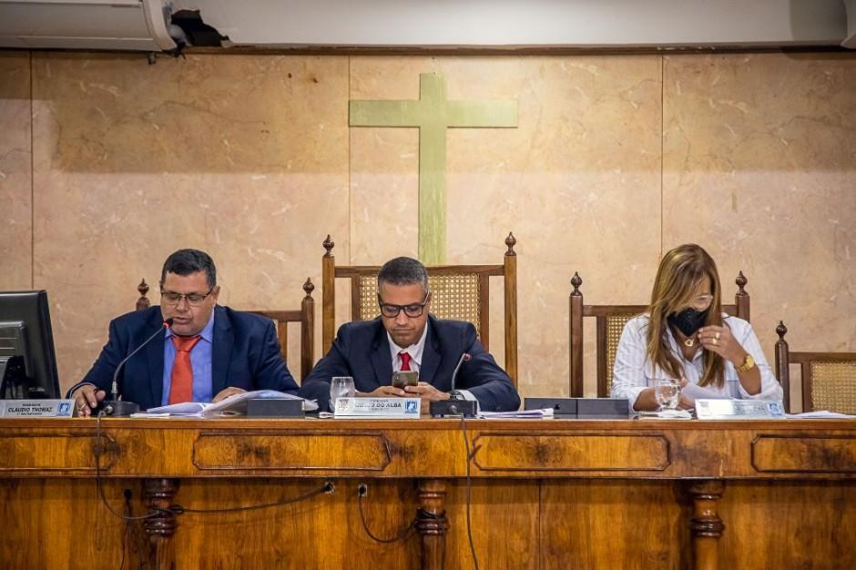 Vereadores aprovam alteração do horário das sessões plenárias