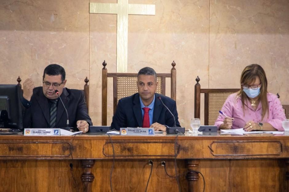 Câmara Municipal realiza posse da Vereadora Rosinha Lima