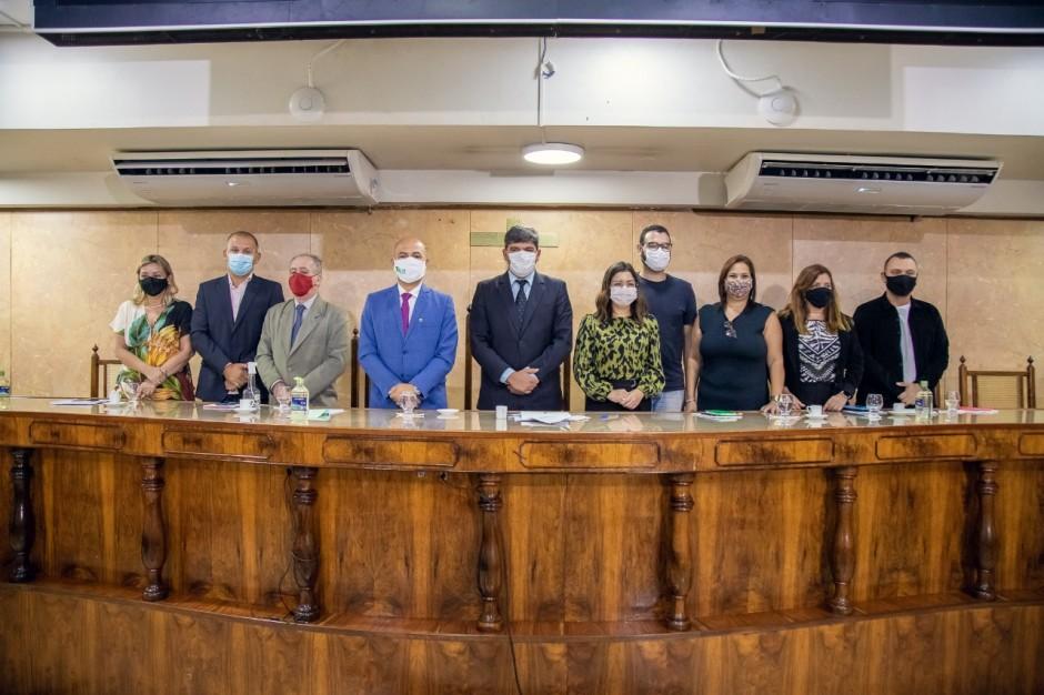 Secretaria Municipal de Ciência e Tecnologia promove discussão sobre políticas públicas para a juventude