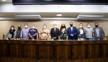 Vereador Valdecy Nunes homenageia secretário e servidores da Secretaria de Urbanismo